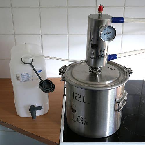 Destille für destilliertes Wasser