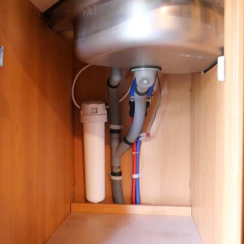 2-stufiger Kombi-Wasserfilter mit Schnellwechselpatrone